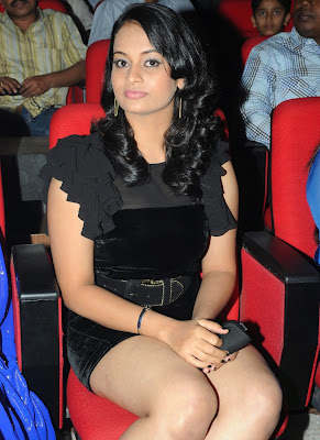 Tamil Actress Suja Hot Thigh Show Photos