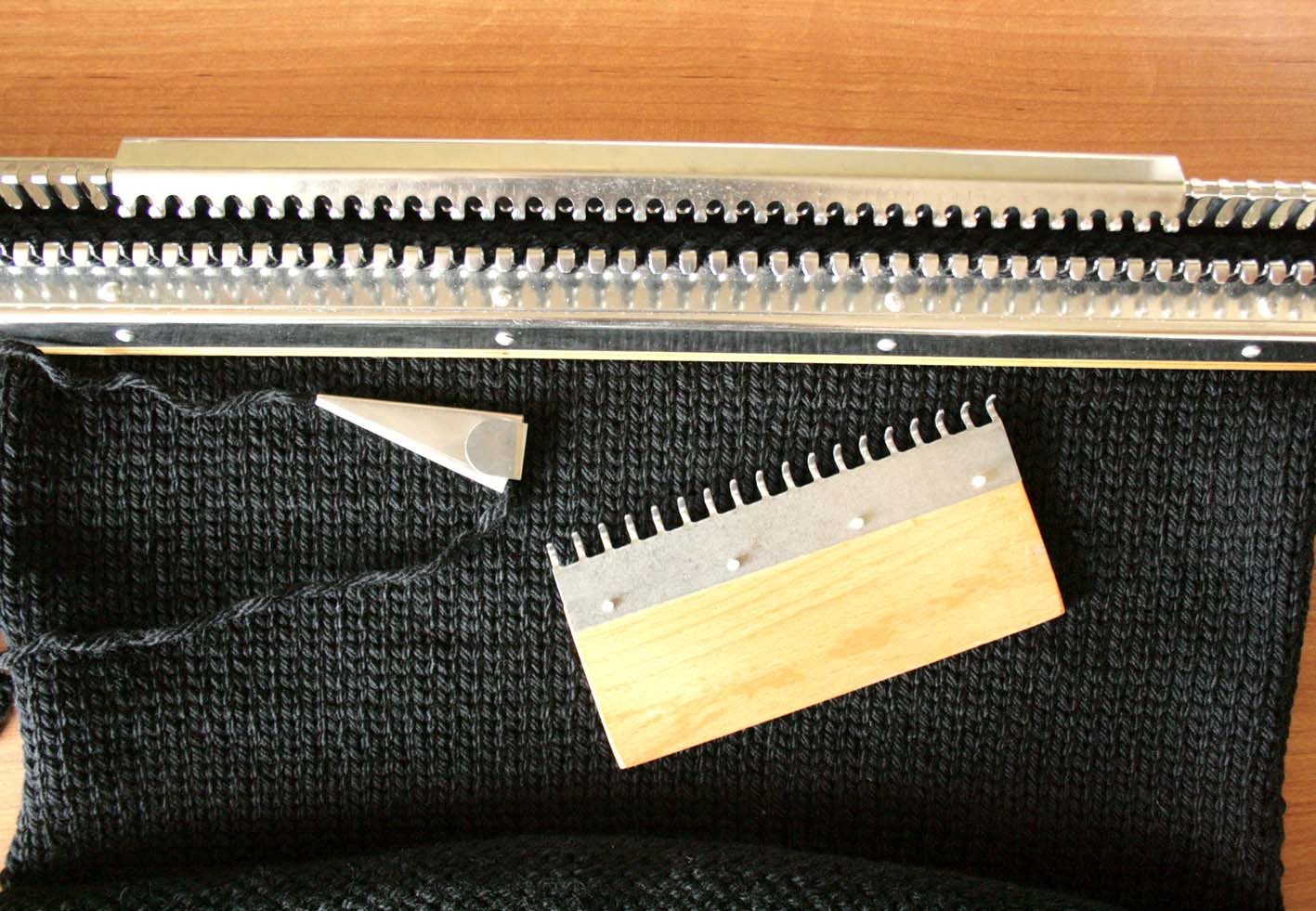 Вязание на ручной машинке