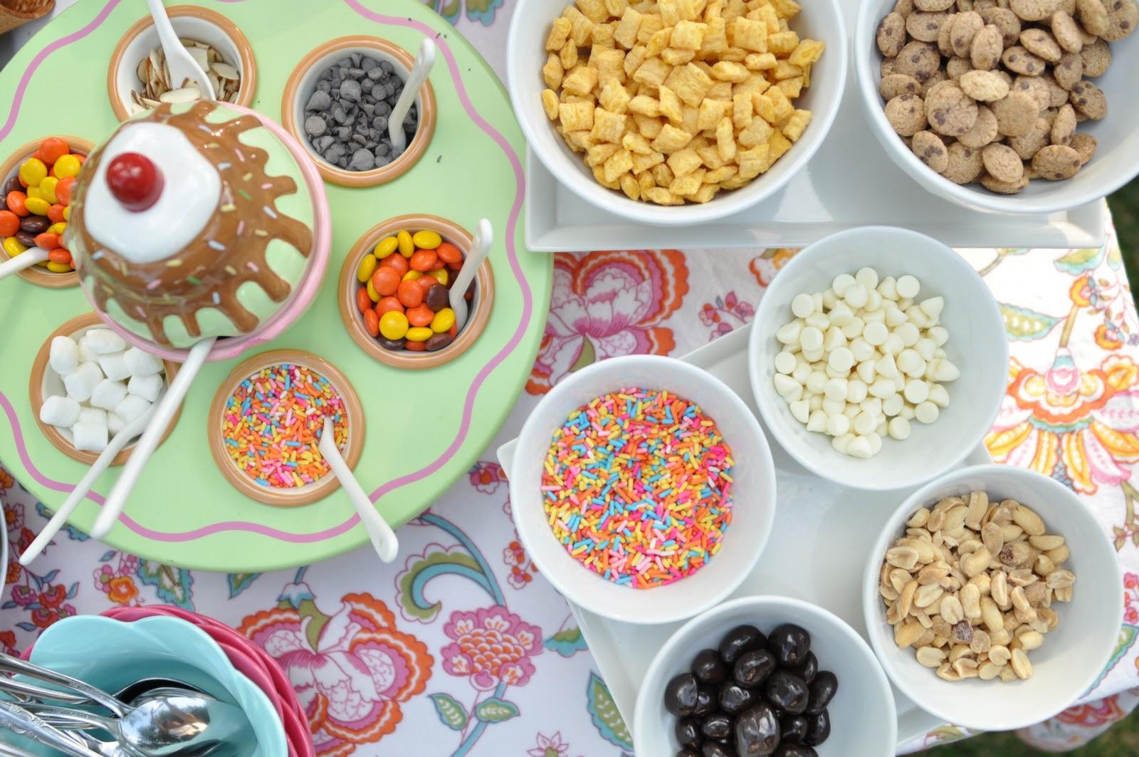 how to make a simple ice cream sundae