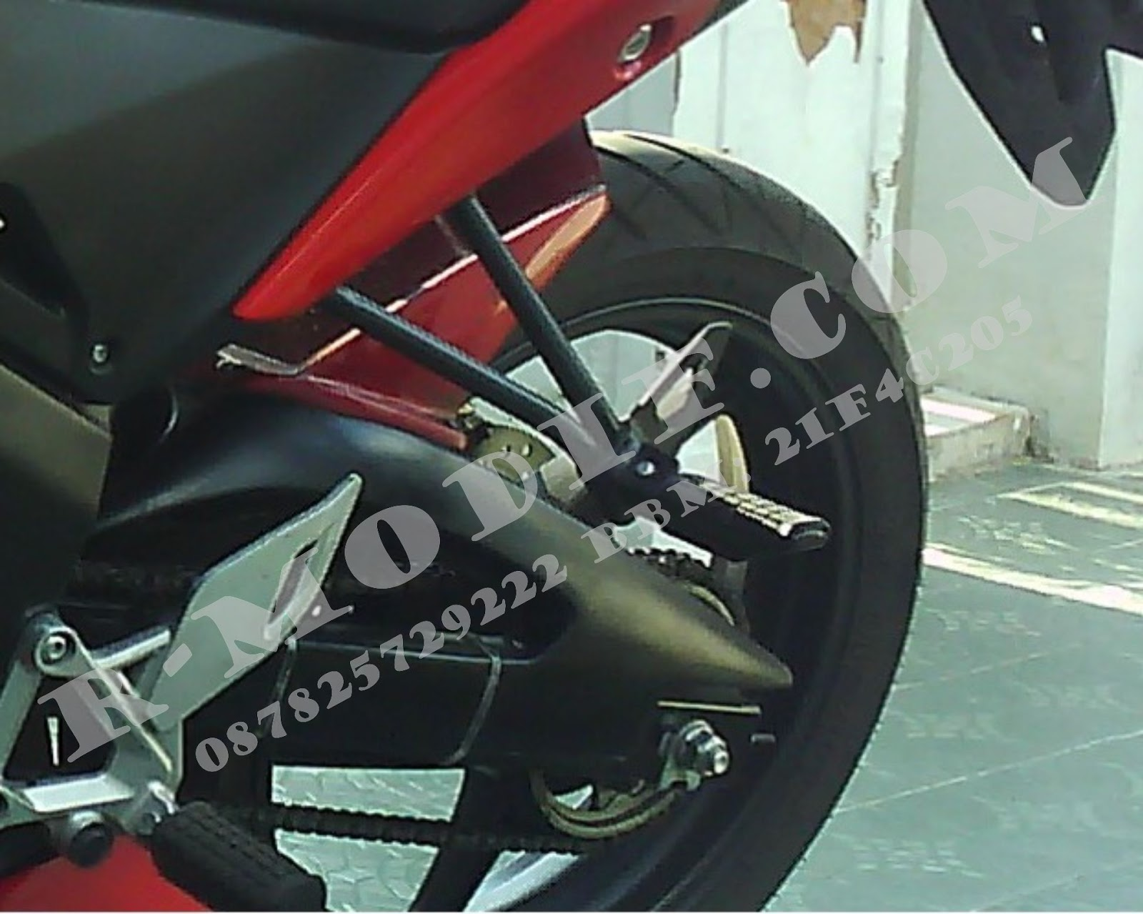 Cover Headlam p 1 CBR 250/New CBR 150 title=