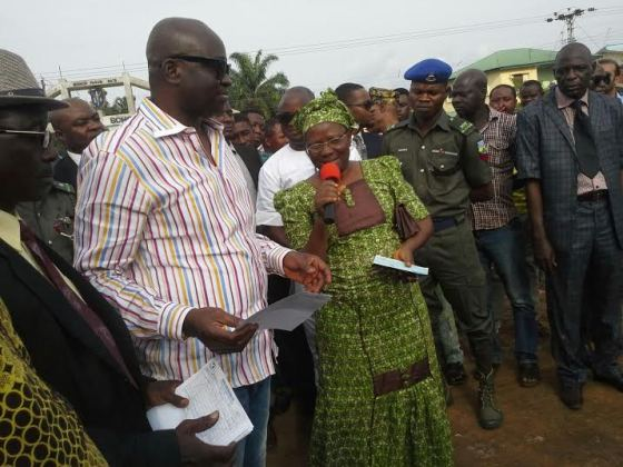 Fayose compensates Ekiti landlords whose houses were demolished with money