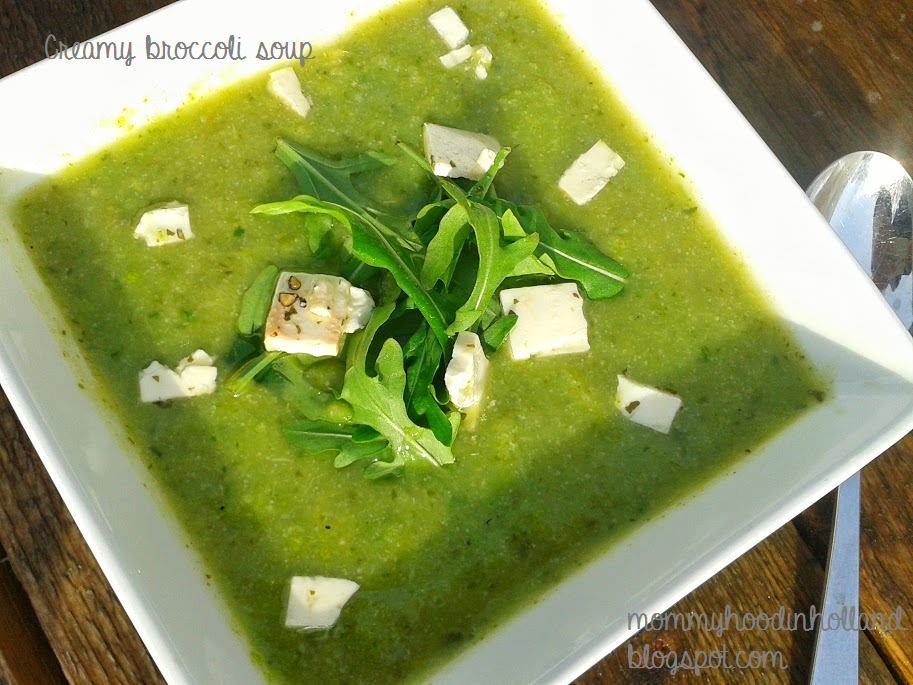 Welcome to Mommyhood: easy healthy recipes creamy broccoli soup