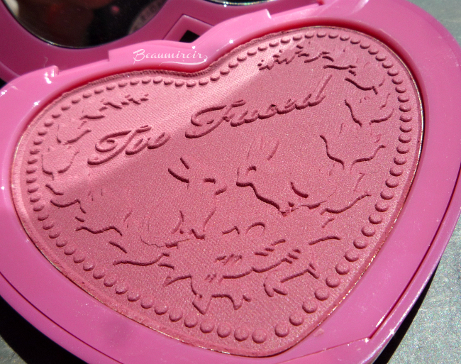 Too Faced Love Flush Long-Lasting Blush Review, Photos, Swatches: Your Love Is King