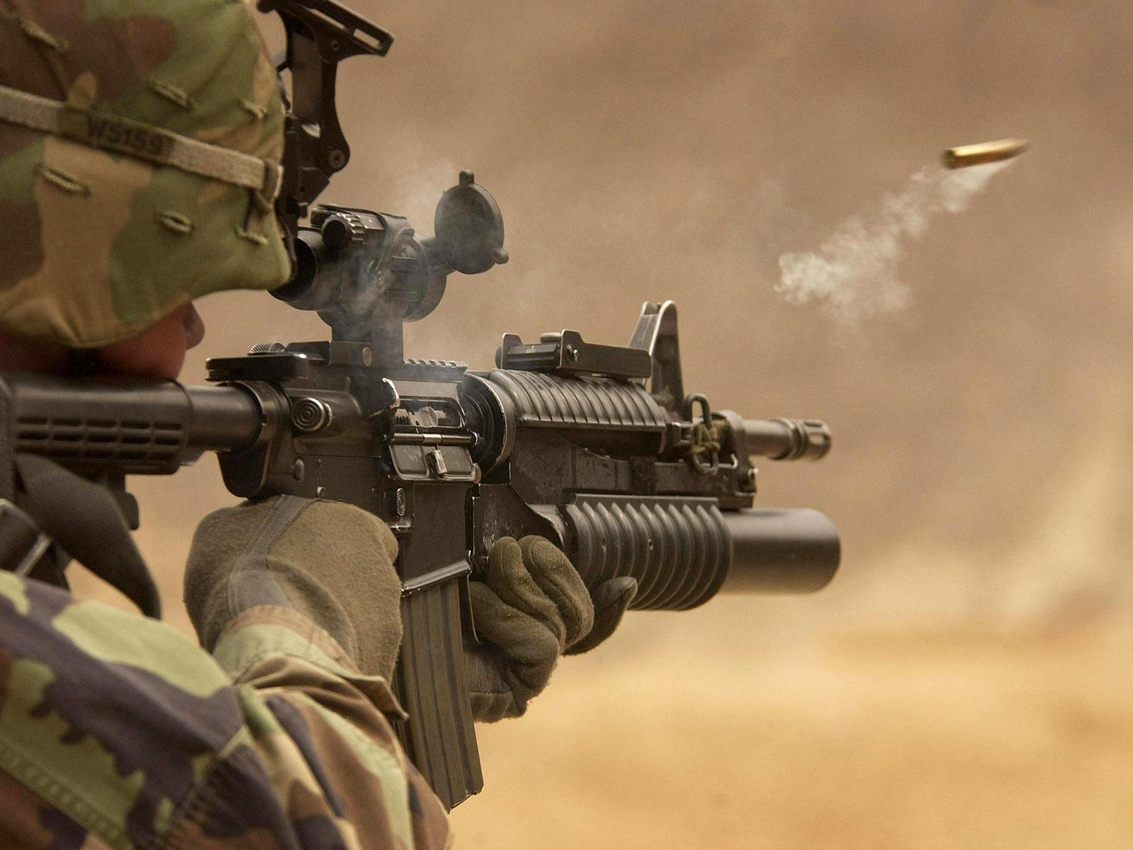 http://2.bp.blogspot.com/--hM7YKyRBvM/UKdGmDL8t4I/AAAAAAAACOA/I3mjnUhFyYw/s1600/Battlefield+soldier+Wallpaper+Military+Wallpaper+2+5.jpg