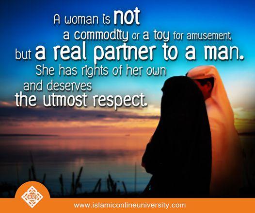 essay the role of women in islam