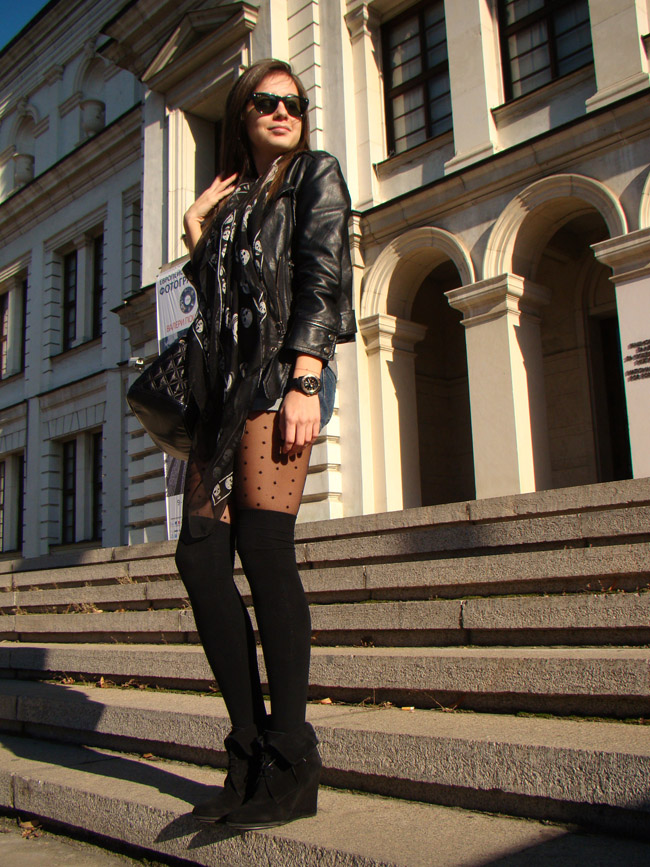 maya madanska from ihertmaya blog wearing black alexander mcqueen skull scarf, topshop denim shorts, h&m dots tights, zara black suede wedges, topshop black leather biker jacket and marc by marc jacobs quilted handbag