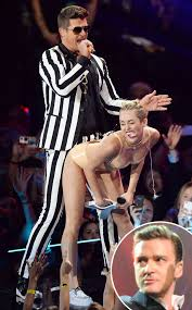 Miley Cyrus Twerking MTV