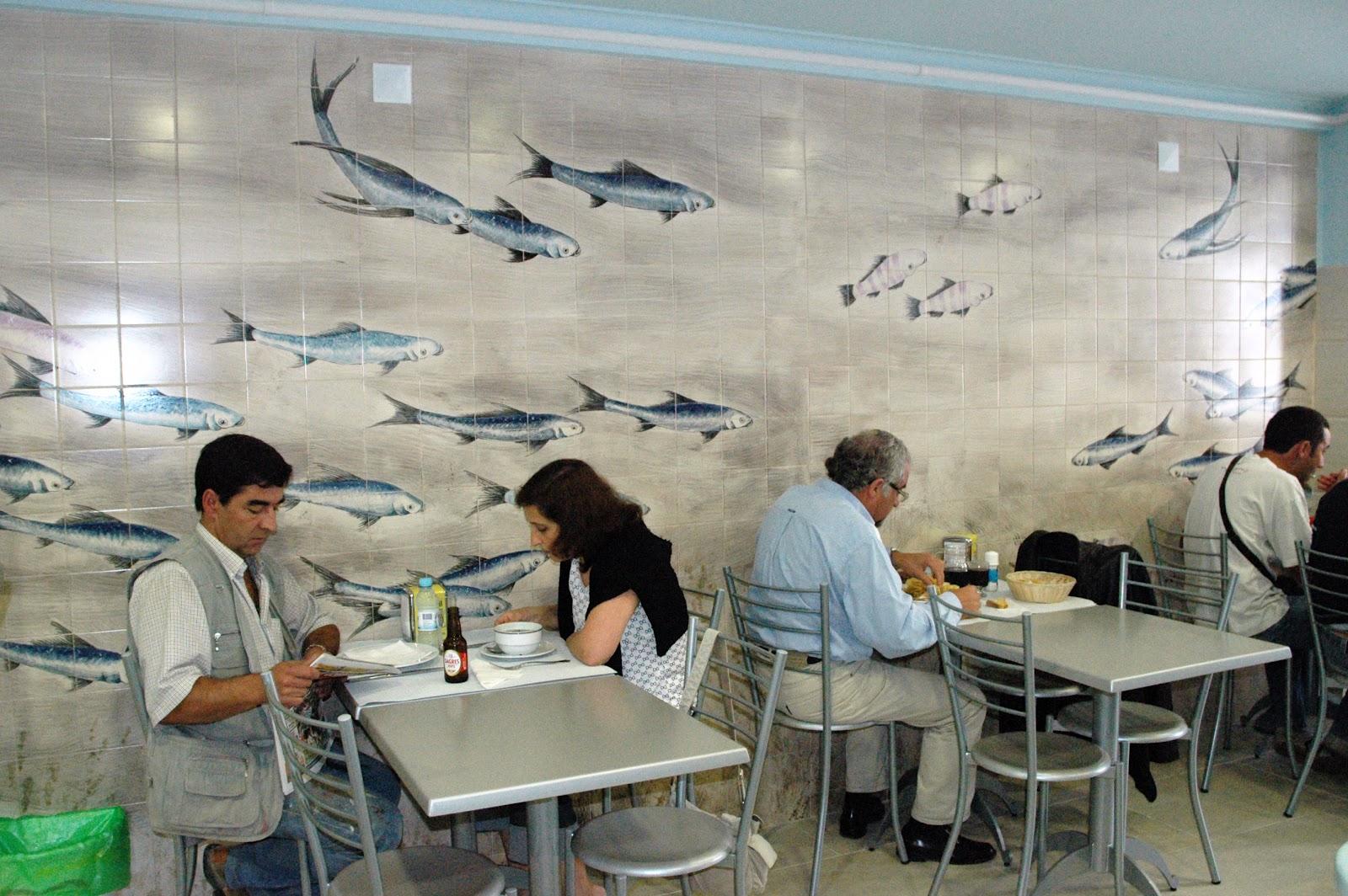 Casa andante parede com pintura de azulejos para restaurante - Pintura de azulejos ...
