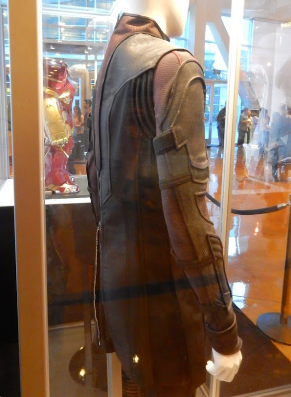 Hawkeye back costume detail Avengers Age of Ultron