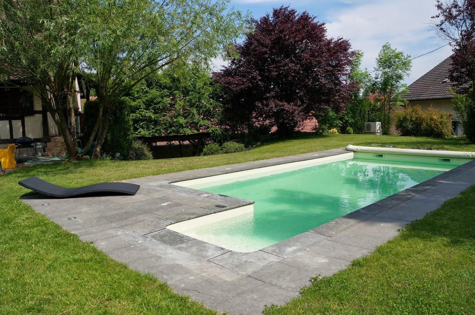 La piscine maison traditionnelle alsacienne steinbrunn for Piscine rectangulaire 1m50
