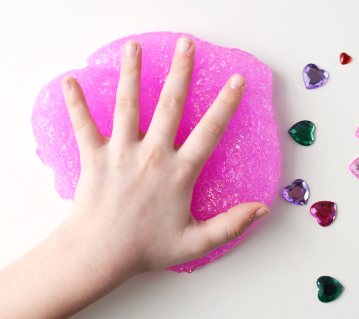 3-Ingredient Sparkly Valentine Slime at artsyfartsymama.com