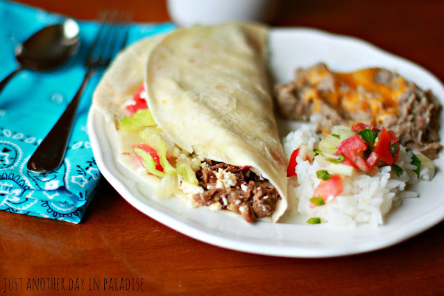 Larissa Another Day: Slow Cooker Saturday: Shredded Beef Tacos
