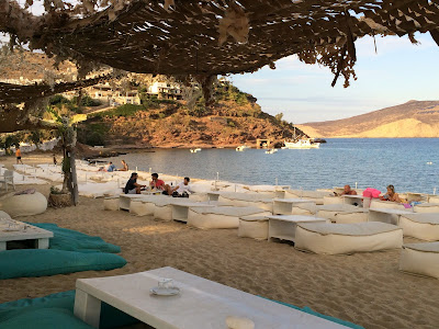 It's easy to relax on Panormos Beach, Mykonos, Greece. #mojotravels