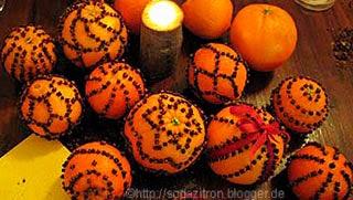 Enfeites natalinos com laranjas para a ceia