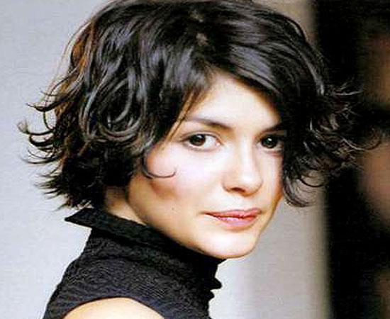 14 Fantásticos peinados para cabellos rizados y cortos Genial guru - Cabello Rizado Peinados Casuales