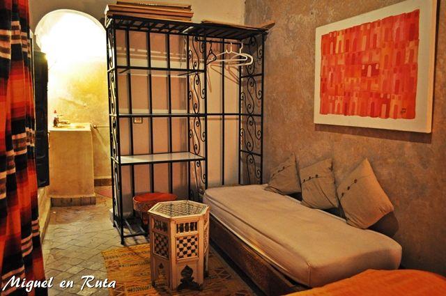 Interior-habitación-Dwira-Marruecos