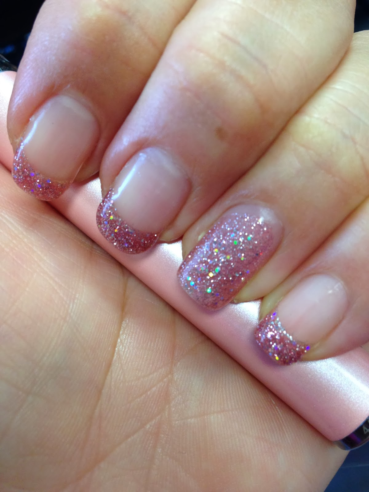 Bling it ON!: Fingerpaint Gel Nails............