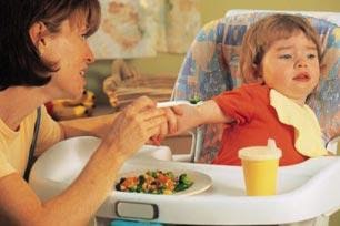 anak susah makan, mengatasi anak susah makan, nafsu makan anak hilang