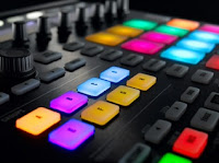 Native Instruments Maschine