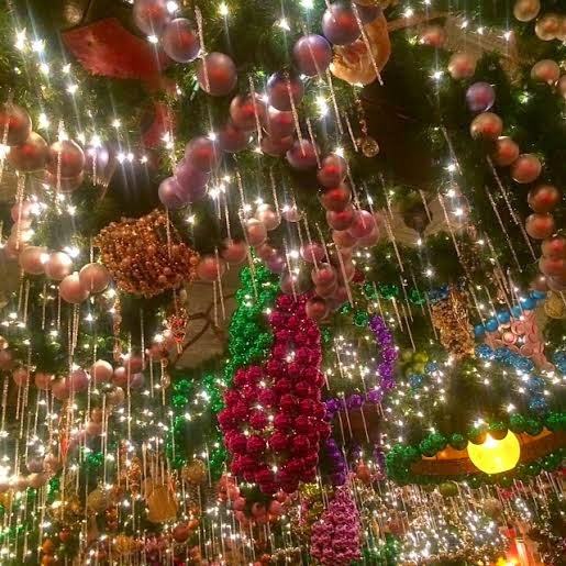 Rolfs NYC, Rolf Germant restaurant New York City, holiday lights restaurant NYC, Christmas decorations restaurant, holiday themed restaurant in New York City
