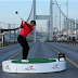Tiger Woods Main Golf Atas Jambatan