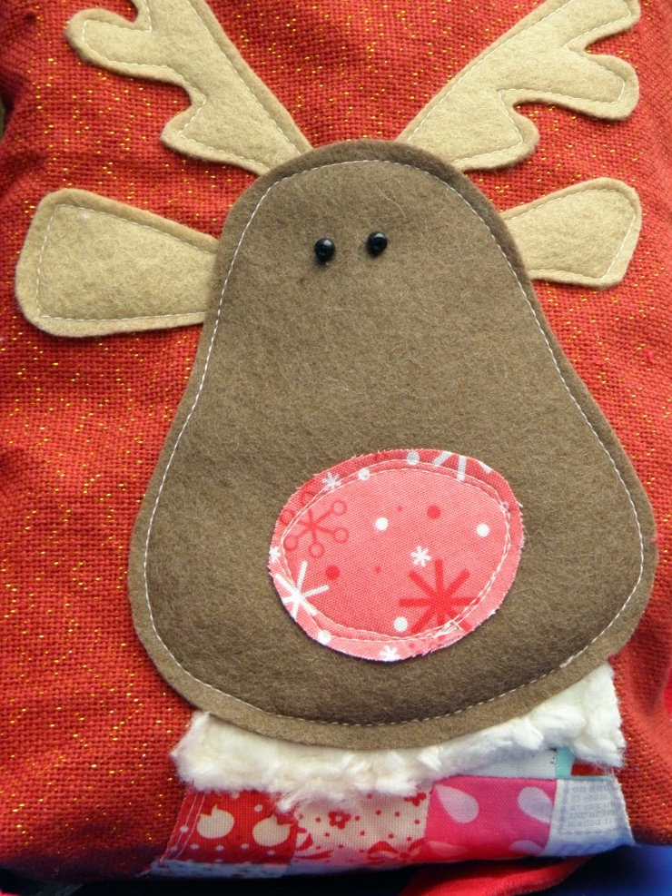 Sewing tutorial to sew a Rudolph christmas bag!