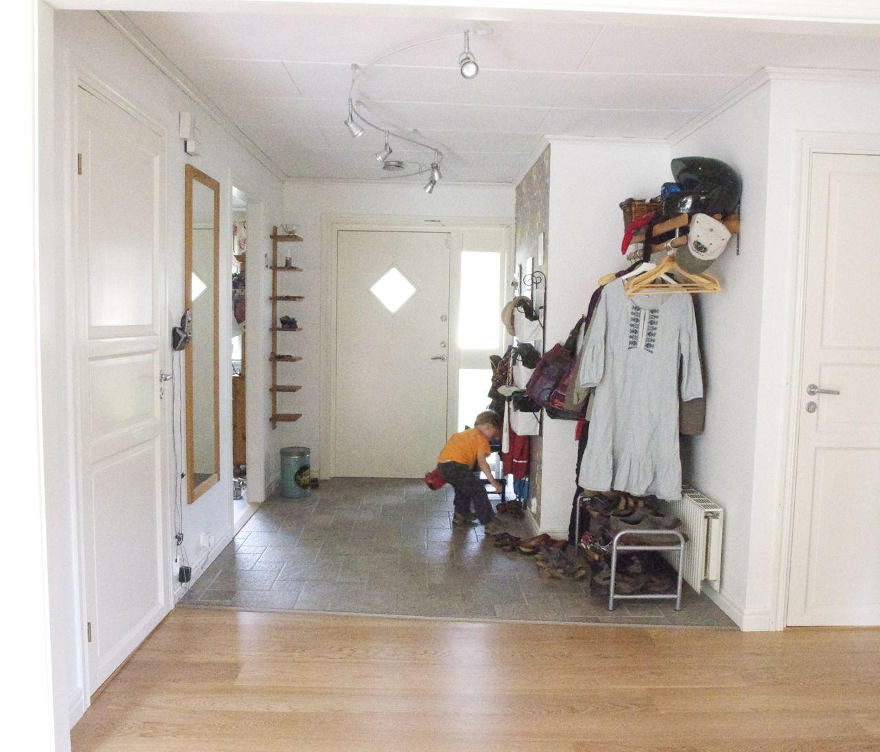 Taklyftet´s Garden Life: Tillbaka blick - Matsal och hall