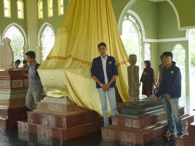 makam kerajaan siak