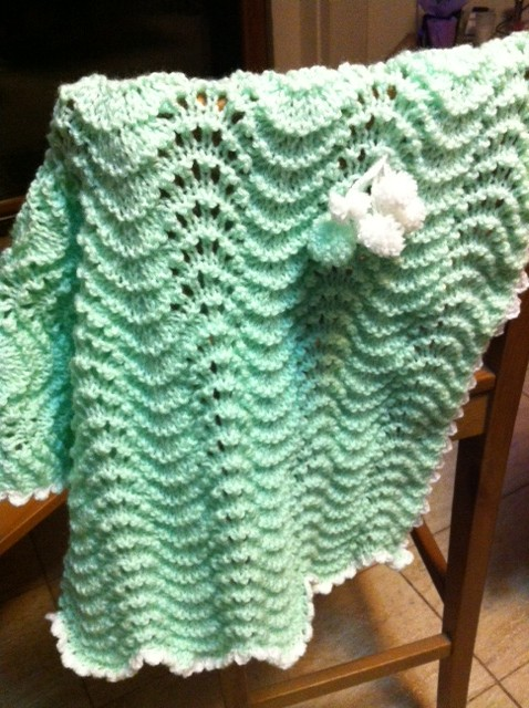 Knit Baby Blanket Wave Pattern : Simple Things to DO: Baby Blanket : ?Wave Blanket?