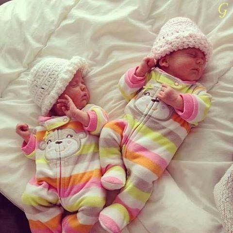 Babies Wallpapers - Sleeping Kids