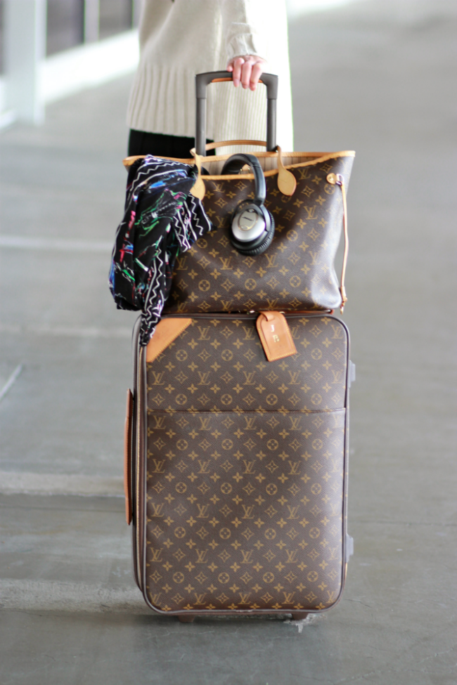 louis vuitton lv luggage pegase carryon