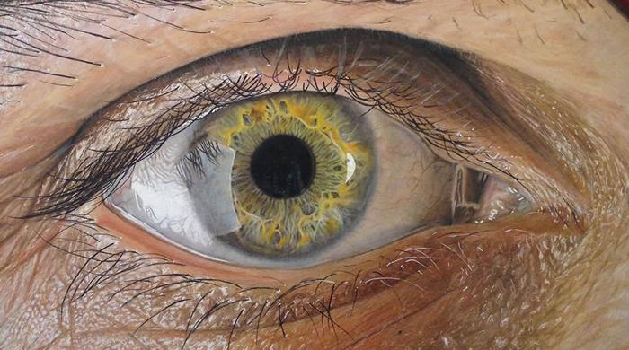 Ojos hiperrealistas dibujado lapiz de colores por Redosking