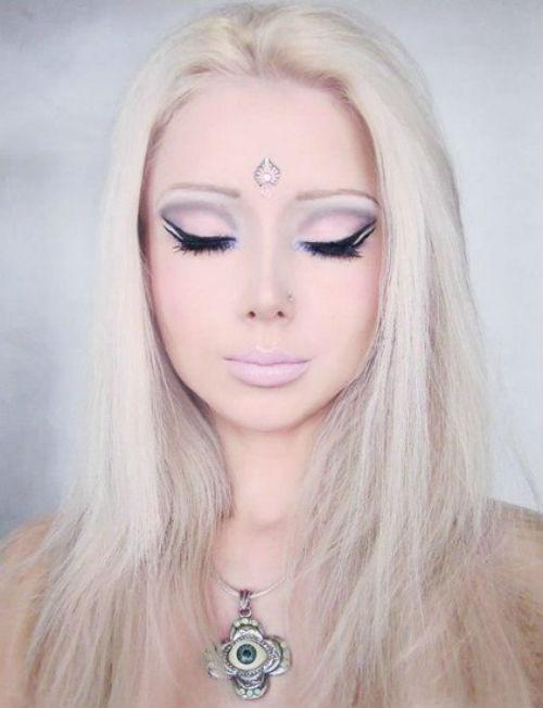 About Iceara Valeria-Lukyanova-Barbie-Doll-Scam+%282%29