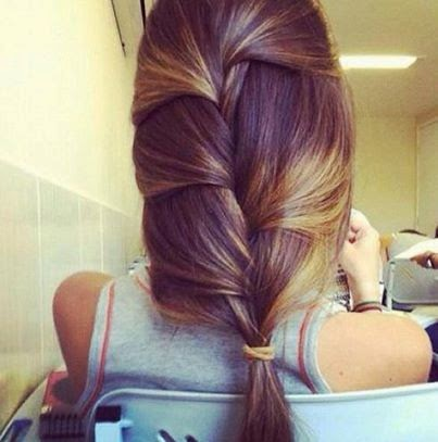 Ladies Quick and Easy HairStyle Fashion