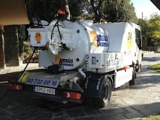Vaciar y limpiar fosas sépticas con camión cuba