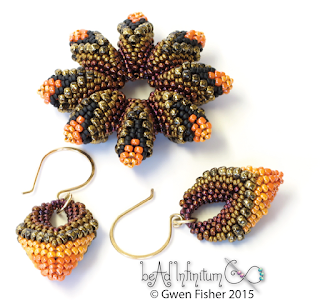 Cellini Flower and Earrings beaded with peyote stitch