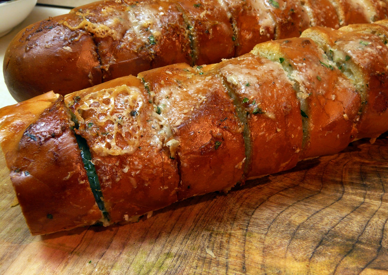Thibeault's Table: Italian Garlic Bread with Gorgonzola