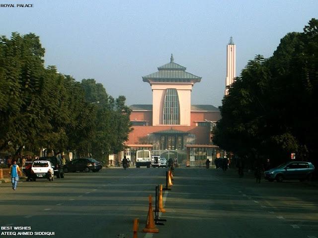 நேபாளம்-அழகான படங்கள்.... Nepal+-+King%27s+Palace
