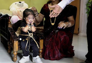Funny Smallest Woman in the World