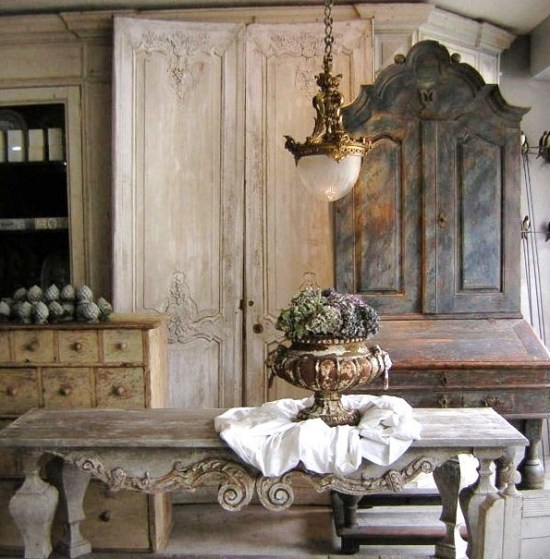 secretary in gustavian style is a focal point - Gustavian Style Furniture
