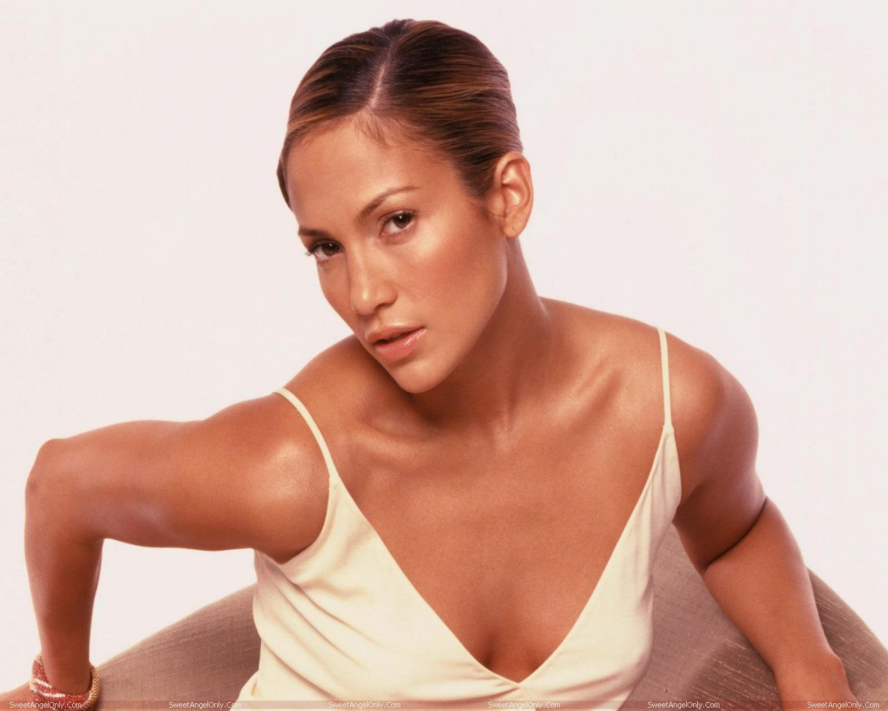 jennifer lopez hot