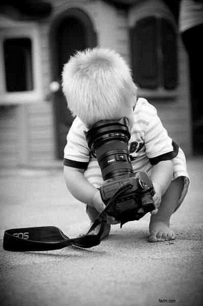Image bébé avec appareil photo