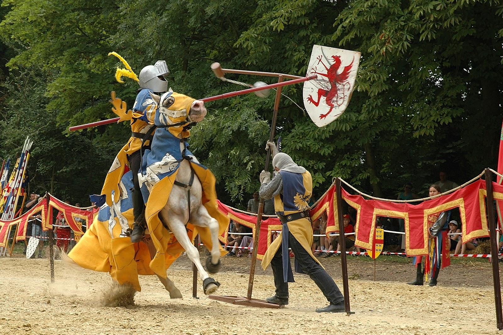 Dourdan tourisme tournoi de chevalerie - Recherche sur les chevaliers de la table ronde ...