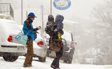 Βροχές, καταιγίδες και χιονοπτώσεις. Άνοιξε η γη από τον κατακλυσμό στη Μεσσηνία