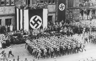 Batallion SA sedang berparade 1933