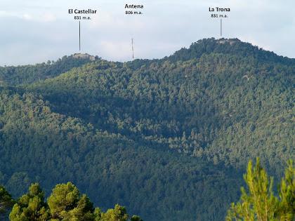 El Castellar de la Serra de Granera des del camí del Pedrós