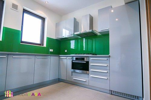 bucătărie verde