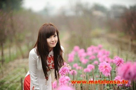 http://www.matalensa.tv/2014/06/foto-midu-model-cantik-asal-vietnam