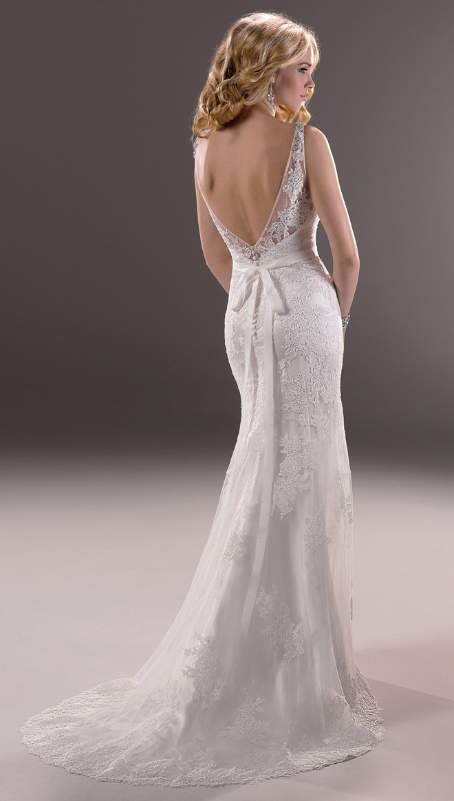 Maggie sottero wedding dresses 2014 for Who carries maggie sottero wedding dresses