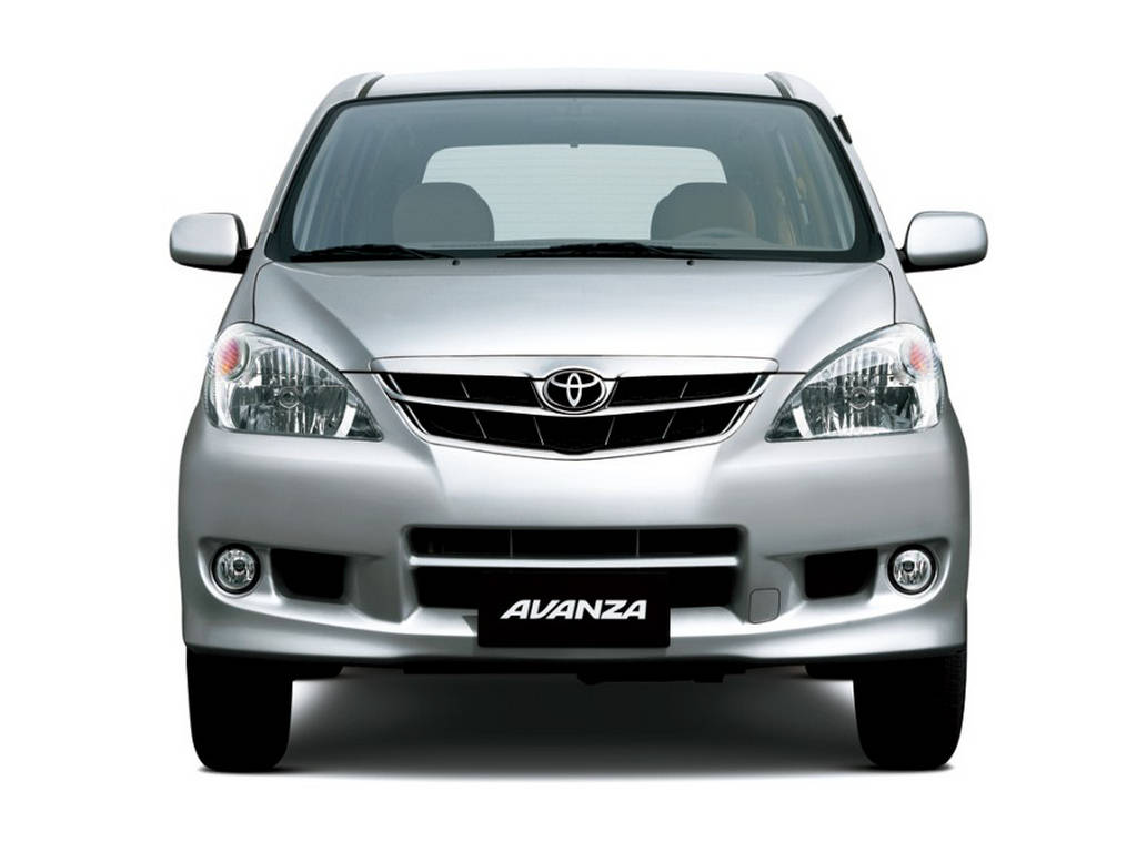 Toyota Avanza Wallpaper 2011 - Now In Pakistan
